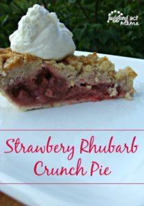 Strawberry Rhubarb Crunch Pie