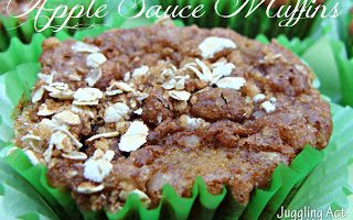 Apple Sauce Muffins via Juggling Act Mama #applesauce #muffins