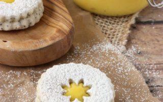 Linzer Cookies – Poppy Seed Lemon