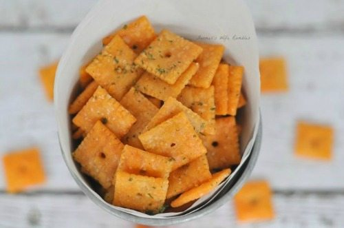 Ranch-Cheeze-Its-Bottom-700x464