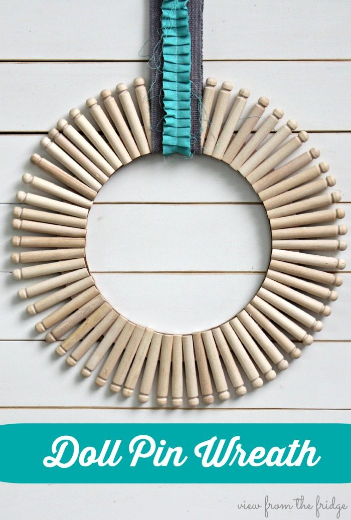 Doll Pin Wreath via View From The Fridge.  Simple, Neutral, and Stunning.