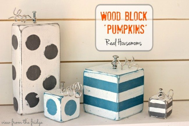 WOOD BLOCK PUMPKINS