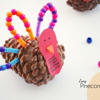 Quick and Easy Pinecone Turkey Craft for Kids {OneCreativeMommy.com} Great just for fun or for little ones working on patterns