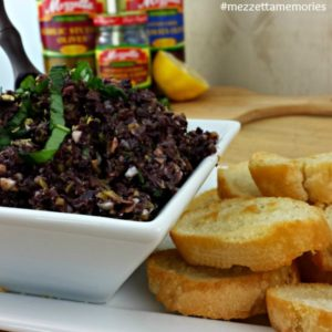 Mezetta Holiday Recipes - Olive Tapenade Crostini #mezzettamemories