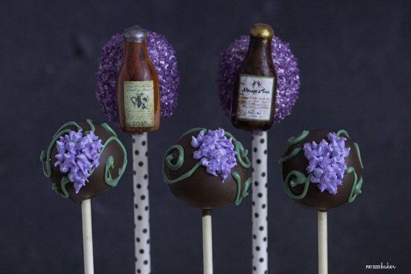 Fun Cake Pops with wine bottles and grapes for a fun ladies night treat!