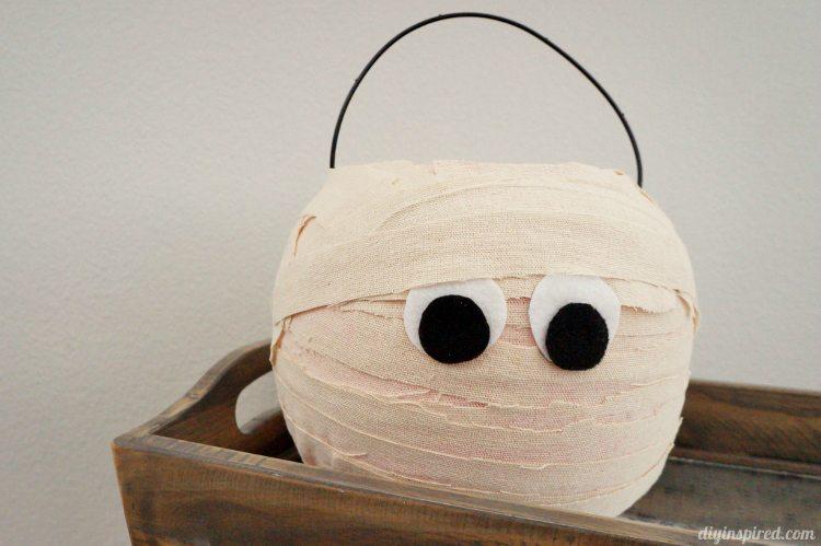 mummy halloween buckets