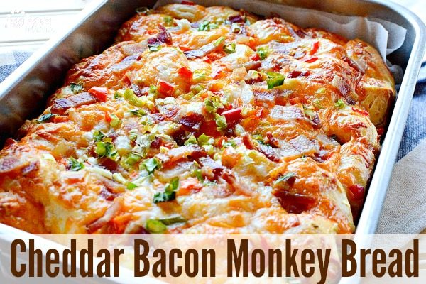 Delicious Cheddar Bacon Monkey Bread