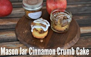 Mason Jar Cinnamon Crumb Cakes