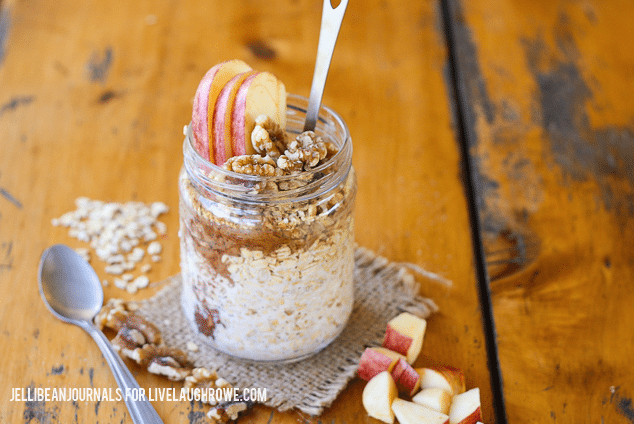 Caramel Apple Overnight Oats from Live Laugh Rowe