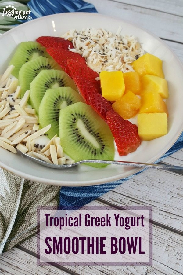 Tropical Greek Yogurt Smoothie Bowl #ad #SummerCravings #StonyfieldBlogger #YoGetter