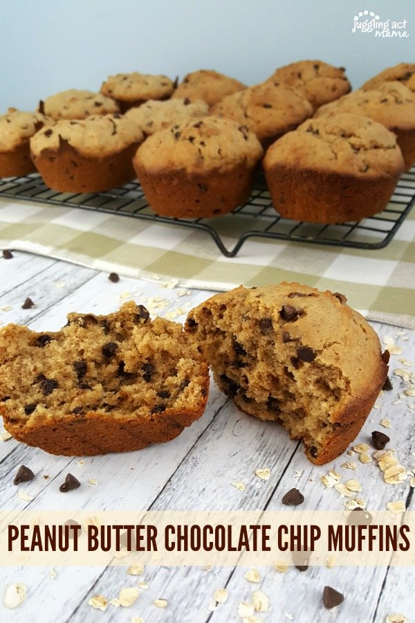 Peanut Butter Banana Chocolate Chip Muffins - These fluffy and moist Peanut Butter Chocolate Chip Muffins make the perfect back to school breakfast - no matter what your school year looks like! via @jugglingactmama