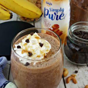 Salted Caramel Mocha Protein Smoothie #ad #SilkandSimplyPureCreamer