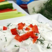 CREAMY DILL GREEK YOGURT DIP #ad #Stonyfield