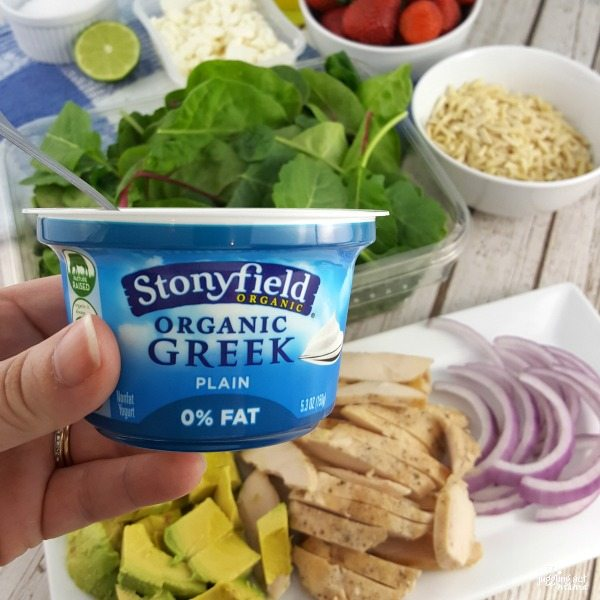 Strawberry Avocado Salad + Greek Yogurt Dressing #ad #Stonyfield