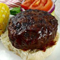 BBQ Bacon-Jack Stuffed Burgers #ad #HeluvaGoodSummer #HeluvaGoodCheese