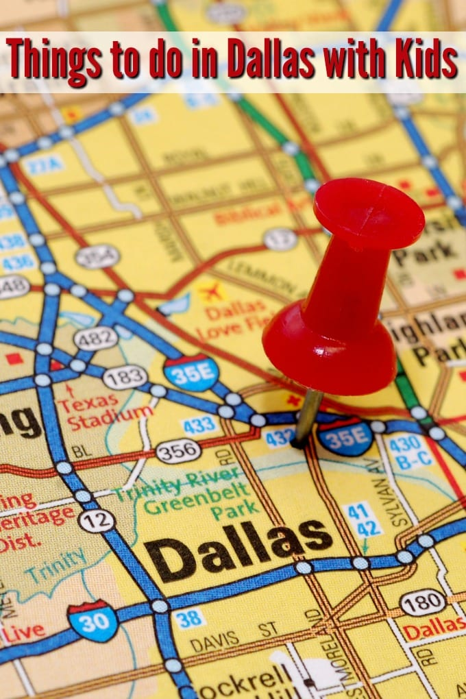 map of Dallas Texas with a red thumbtack