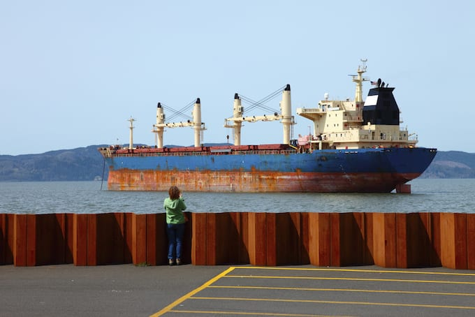 What to do in Astoria Oregon - watch the Barges navigate the Columbia River