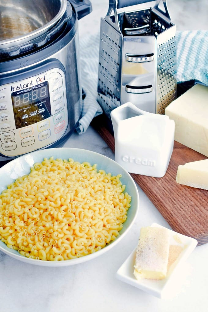 Ingredients to make the best Instant Pot Mac and Cheese recipe