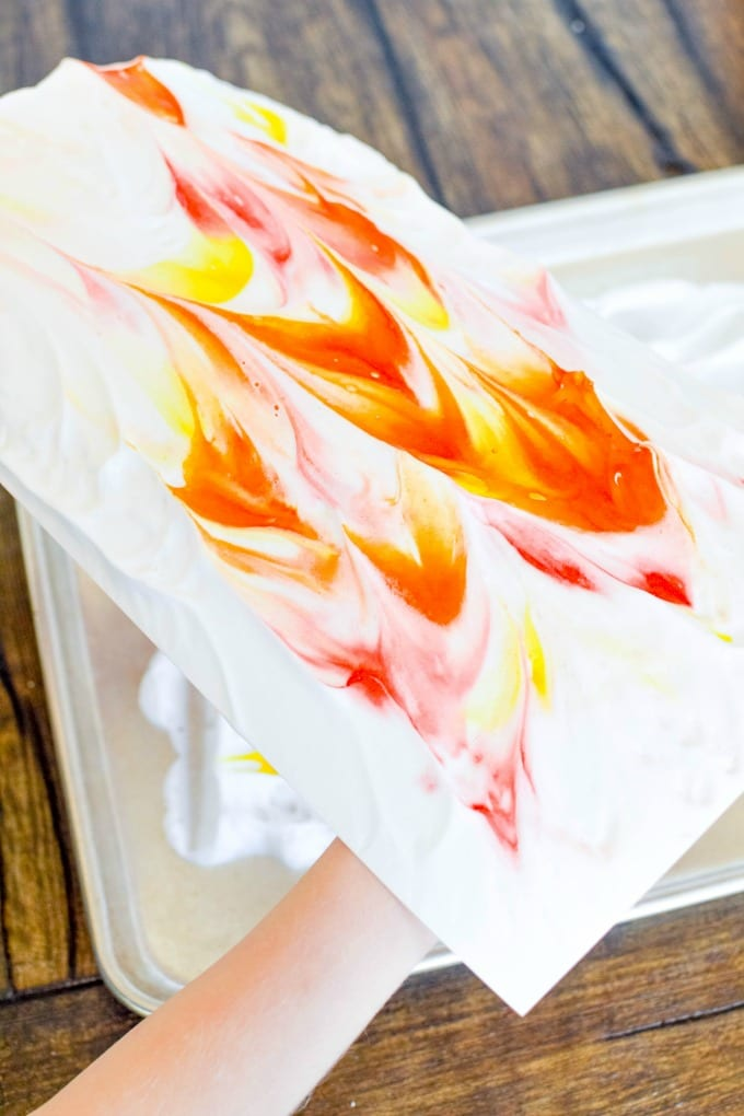 Make whimsical art prints with Shaving Cream Paint! It's a simple boredom buster kids will love. via @jugglingactmama