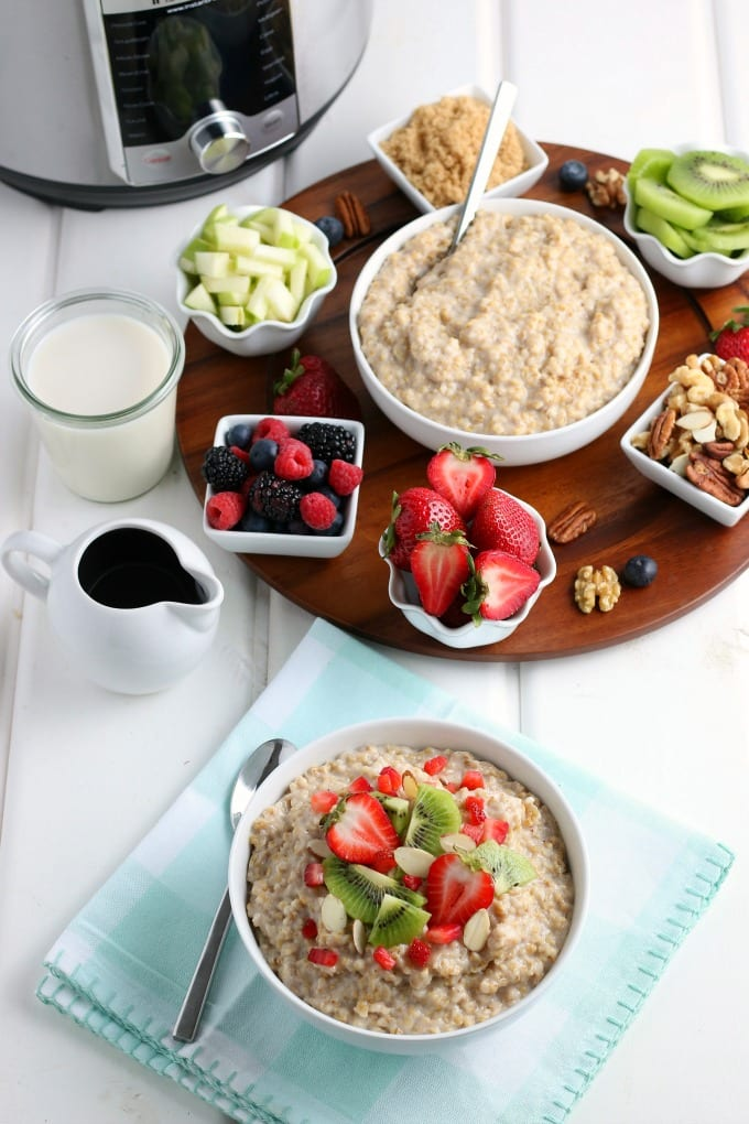 My Instant Pot Oatmeal Recipe is the perfect hearty breakfast for busy mornings. Just add your favorite fruit and nuts for a kick of delicious flavor. via @jugglingactmama
