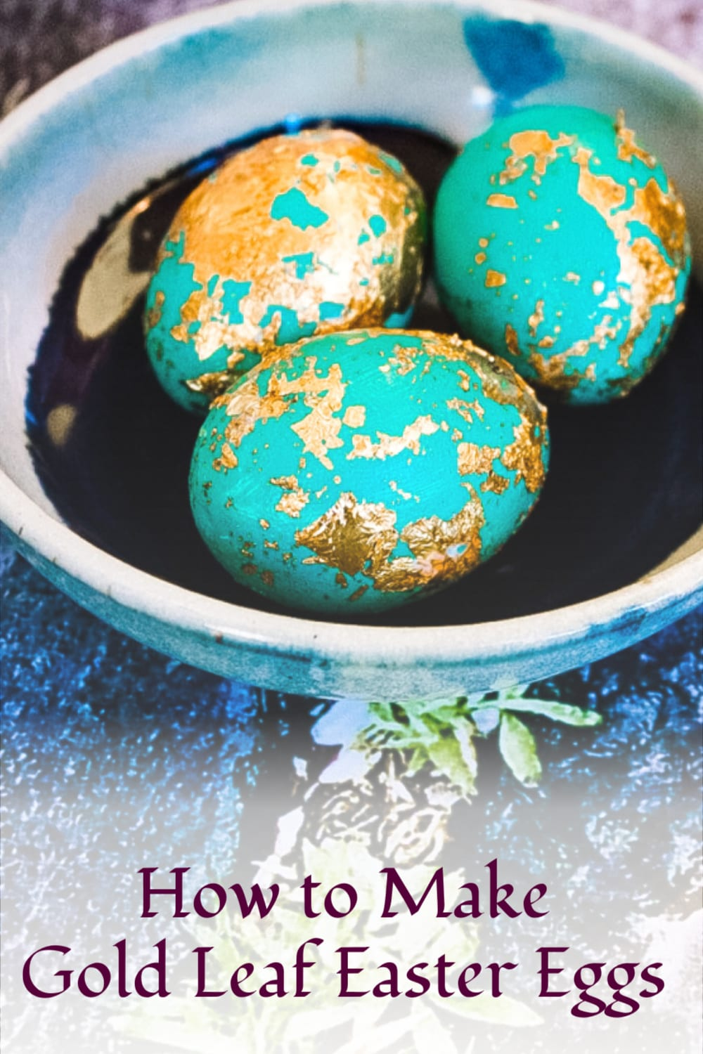 In this step-by-step tutorial, we'll show you how your can create your own stunningly beautiful DIY Gold Leaf Easter Eggs! via @jugglingactmama