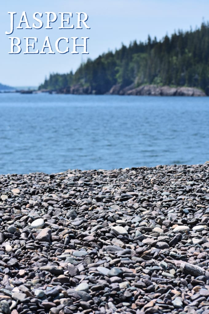 Jasper Beach is a secret spot loved by locals in Down East Maine. You and your kids will love exploring and relaxing in this beautifully unique natural setting. via @jugglingactmama