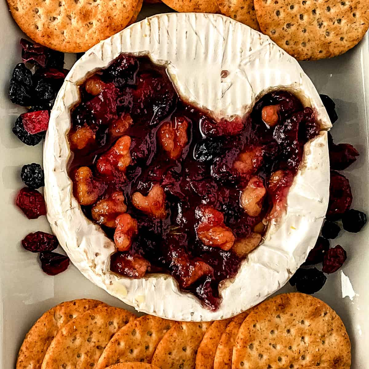 Top down view of brie and crackers.